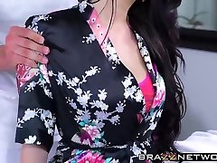 Magnificent brunette Ryan Smiles gets humped on massage table