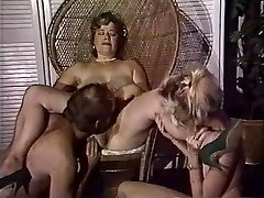 Chubby mommy gets her pussy fisted by pals