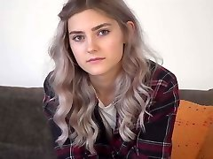 Nervous cutie Tieny Mieny shows her hymen for the first time