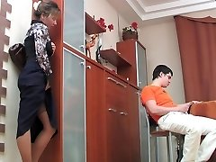 mommy watched and then fuck a guy 2