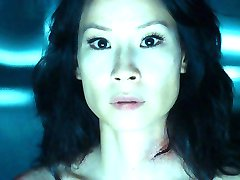 Lucy Liu Nuda
