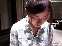 Rozkošný ázijské dievča dostane natočené voyeurs