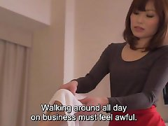 Subtitled CFNM Japanese hotel milf massage leads to handjob