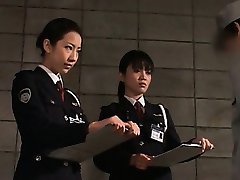 Dick starved asian police women giving handjob in jail