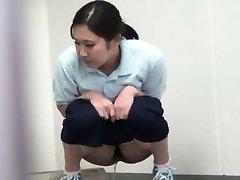 Ázijské hos špehoval peeing