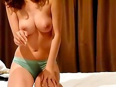 Horny Korean couple presents first homemade sex video