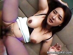 Busty japonský suka stále jej kundu part3