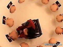 Herrliche japanische Puppen an einer funny sex Wettbewerb