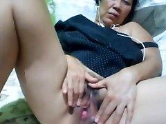 Filipino granny 58 poking me stupid on webcam. (Manila)1