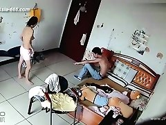 Hakeriai fotoaparate nuotolinio stebėjimo mylinčiojo gyvenimo namuose.38