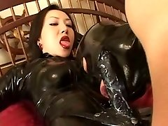 Asian Domina. Latex