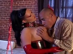 Big-titted Latex MILF Rosanna Rose