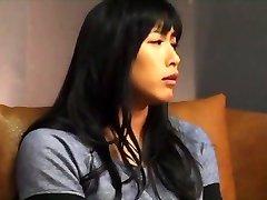 2 सुंदर एशियाई महिला