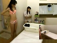 Massage covert camera filmed a slut giving hj
