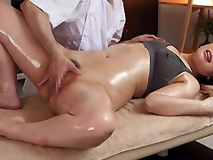 Ai Sayama in Ai Sayama Gets A Utter Body Rubdown - MilfsInJapan