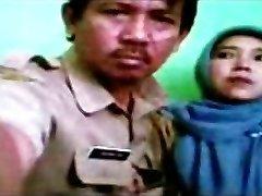 indonezijos - bidan berjilbab