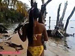 HD Ameteur Drobne Tajski Teen Heather Globoko dan na plaži daje deepthroat Throatpie Pogoltniti