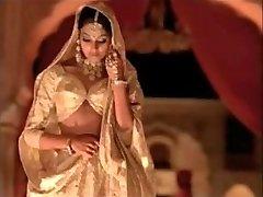 indijos aktorė bipasha basu rodo zylė: