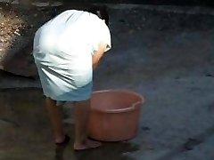Spying Indijas Aunty Big Ass - Noliekties Pār Butt - Laupījums Voyeur - Desi Vaļsirdīgs