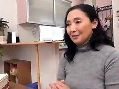 एशियाई वेश्या डिक सवारी के रूप में वह है, पर वास्तविकता टी वी