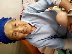 izdilis ķīniešu vecmāmiņa