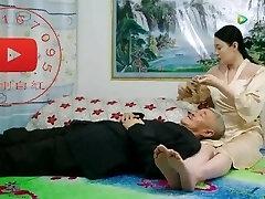 kinijos žmonos kojų ir pėdų yra labai karšta