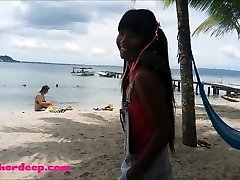 Ameteur Lil Teenager Heather Deep at the beach give deepthroat