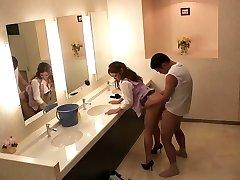 Šilčiausias Japonijos jaunikliai Sho Nishino, Yumi Kazama Nuostabi JAV cenzūruojamos Pirštais, Dideli Papai scena