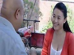 kinijos grožio žvaigždė Sexy krūties