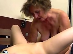 Funbag brunette and a hairy granny gobbling out each other