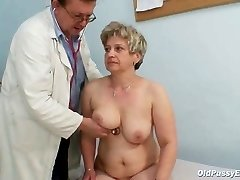 Mature fat pussy Ruzena gynecology speculum bizzare clinic exam