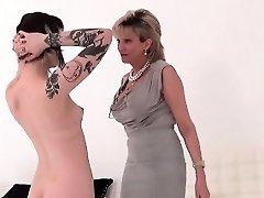 Unfaithful uk mature female sonia showcases her enormous naturals