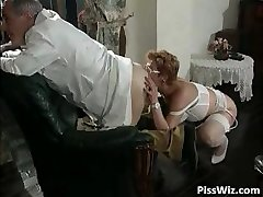 Mature couple enjoy dirty sex and taste part2