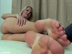 Mo Feet