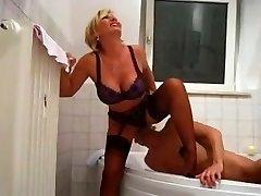Lady Barbara Golden Bathroom
