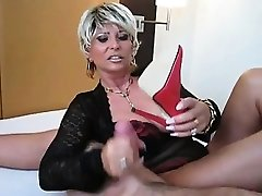 Elderly Babe With Big Tits Wants Cum on her Soles