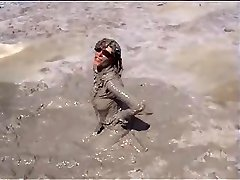 Marjorie ist getting raw and dirty in the ocean - outdoor