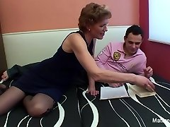 Mature biotch with glasses enjoys getting fucked