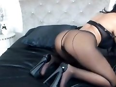 Milf tease in tights and heels