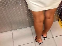 Chick in high heel Mules