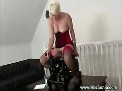 Mature lady inserted by humping machine
