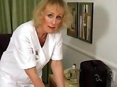 Mature Massage Pummel