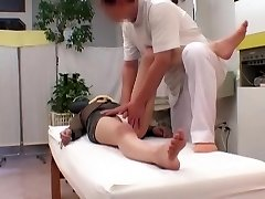 Caught On Tape! Two Spill Behind-the-scenes Moments With Head Doctor Manipulative Pervert