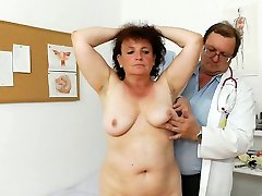 Fal old granny Marsa is inspected in medical office by perverted doc