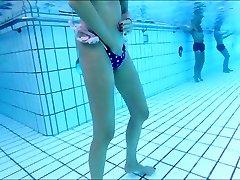 skiny mature wanks underwater  me also !