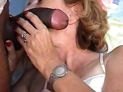 French mature Agnes & physician gyno