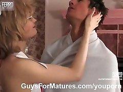 MILF nurse prefers sex treatment