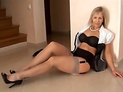 GRAY NYLONS mommy I'd like to screw