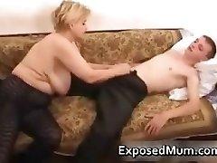Elegant mom in negro stockings adores part3