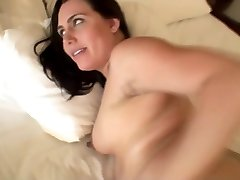 Six months pregnant preggo mom rock-hard fuck in the morning